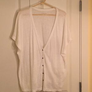 Spring is coming! Linen short sleeve sweater